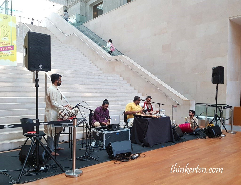 Music Performance in Singapore National Art Gallery