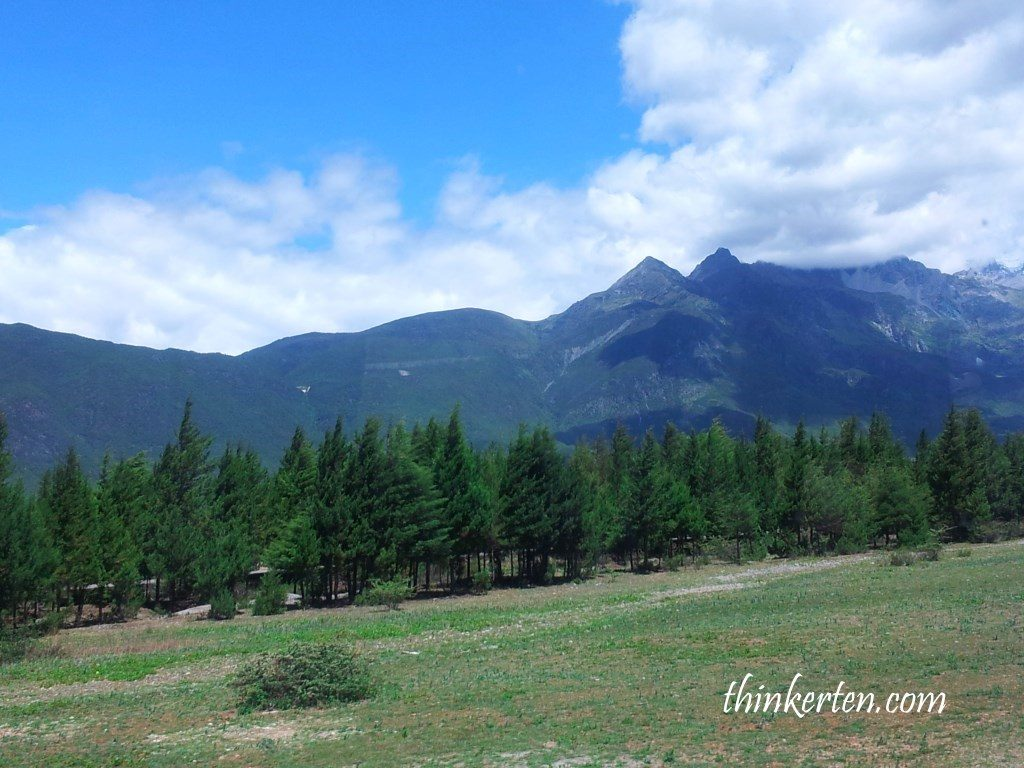 Yulong Mountain in Lijiang Yunnan