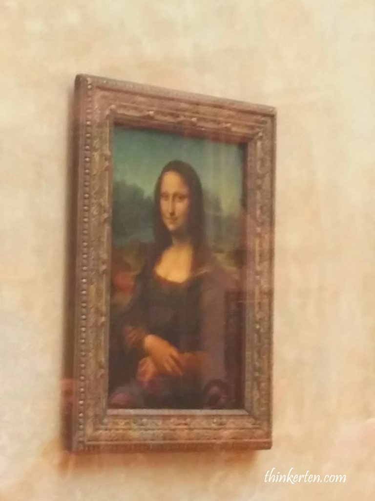 Mona Lisa Painting in Lourve Museum