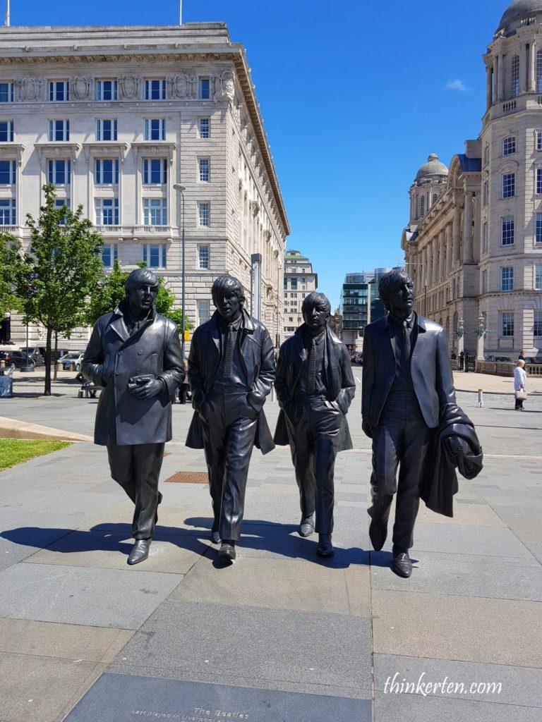 Liverpoolin England- Beatles Hometown