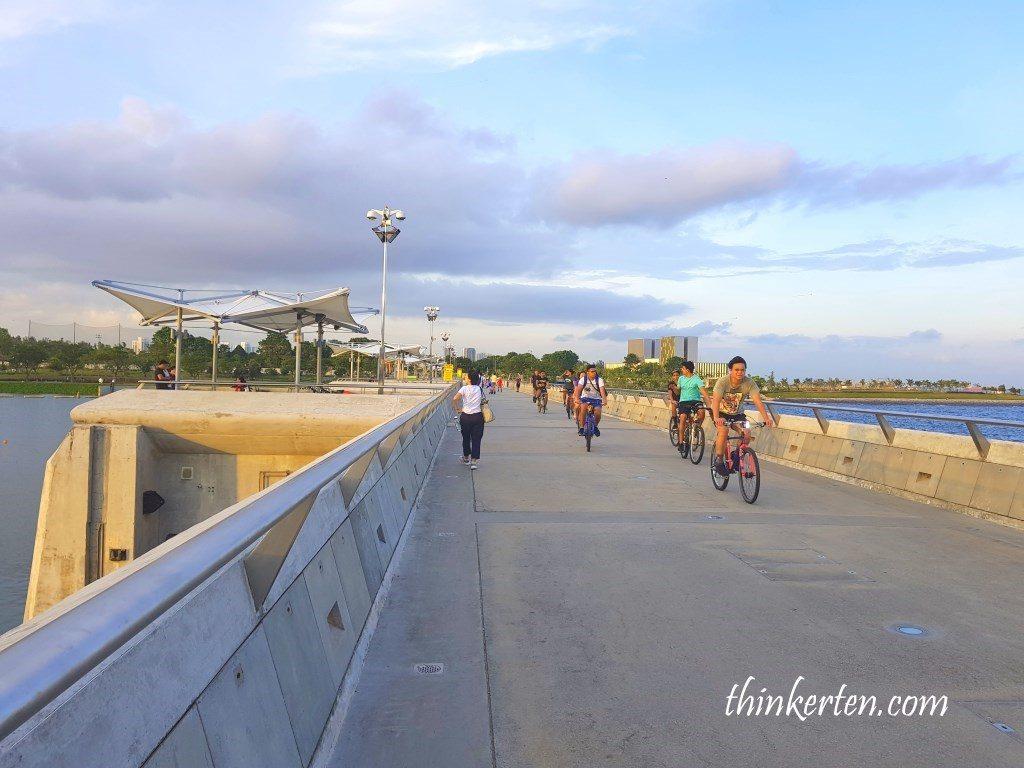Marina Barrage Bridge