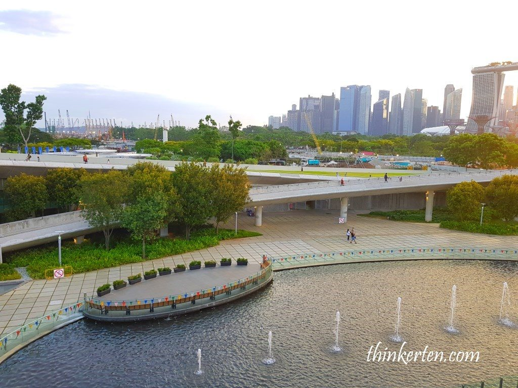 Fountains in Marina Barrage