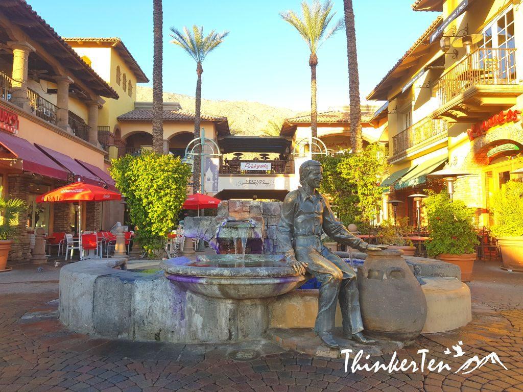 Sono bono Statue at Palm Springs