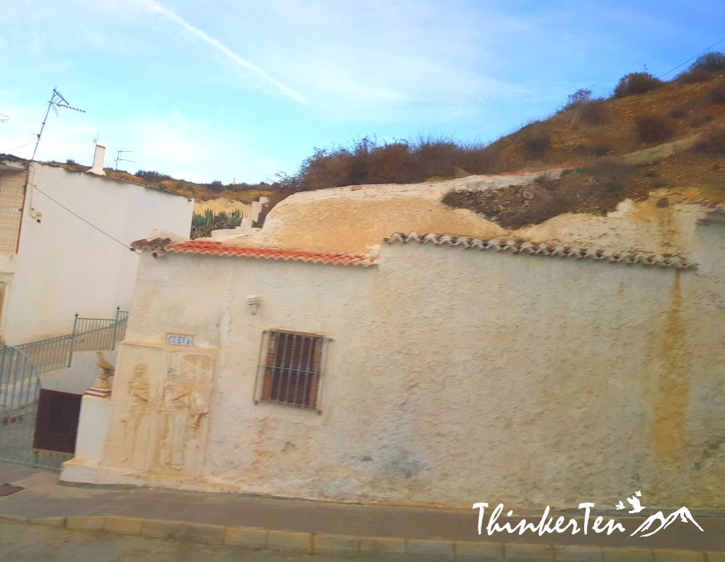 Guadix Cave House in Southern Spain vs China Magao Caves 莫高窟 & Shaanxi Yaodong 窰洞 Cave House