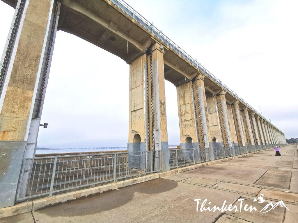 Australia Hume Dam in Albury-Wodonga